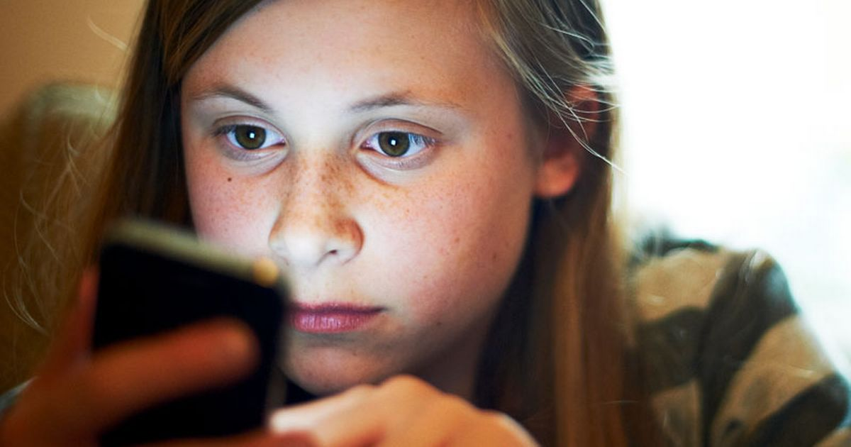 Sexting: Girls as young as seven in explicit videos online